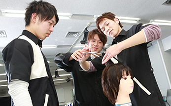 pic_2nd_souou_haircutting